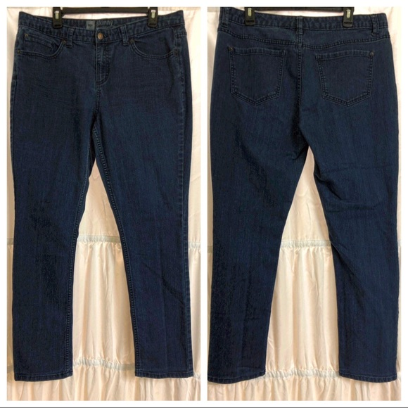 Mossimo Supply Co. Denim - Mossimo Skinny Jeans Size 16 fit 4 Medium Blue